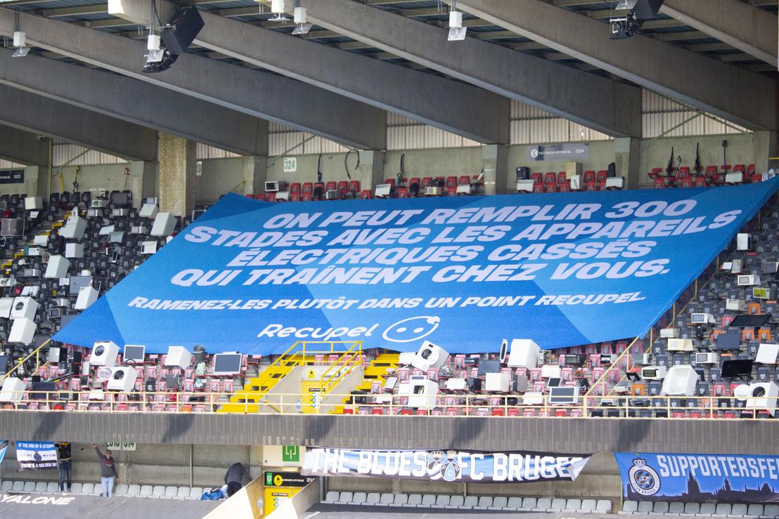 Mortierbrigade et Recupel remplissent les tribunes du stade Jan Breydel d'électros cassés.