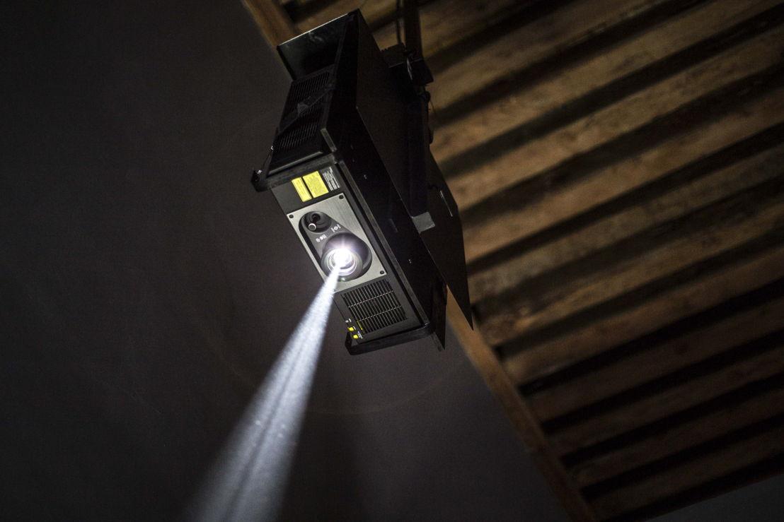 Los seis proyectores Panasonic, en una combinación de tecnologías Solid Shine Láser, LCD y LCD de 1 Chip DLP, trabajarán largas jornadas de nueve horas diarias, los siete días de la semana, por un periodo de cuatro meses.