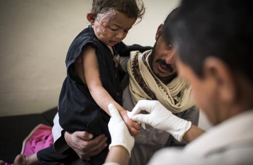 YEMEN: surge in fighting & severe cost of blockade choke healthcare access for civilians