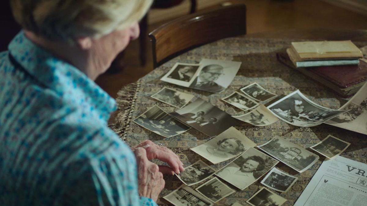 Getuige Yvette Merchiers mijmert over het verleden (VRT)