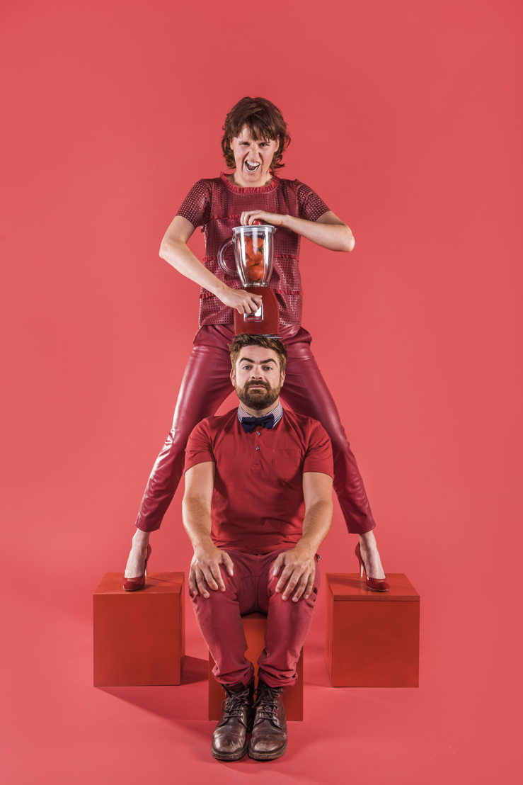 Geubels en de Idioten - Sarah Vandeursen en Pedro Elias