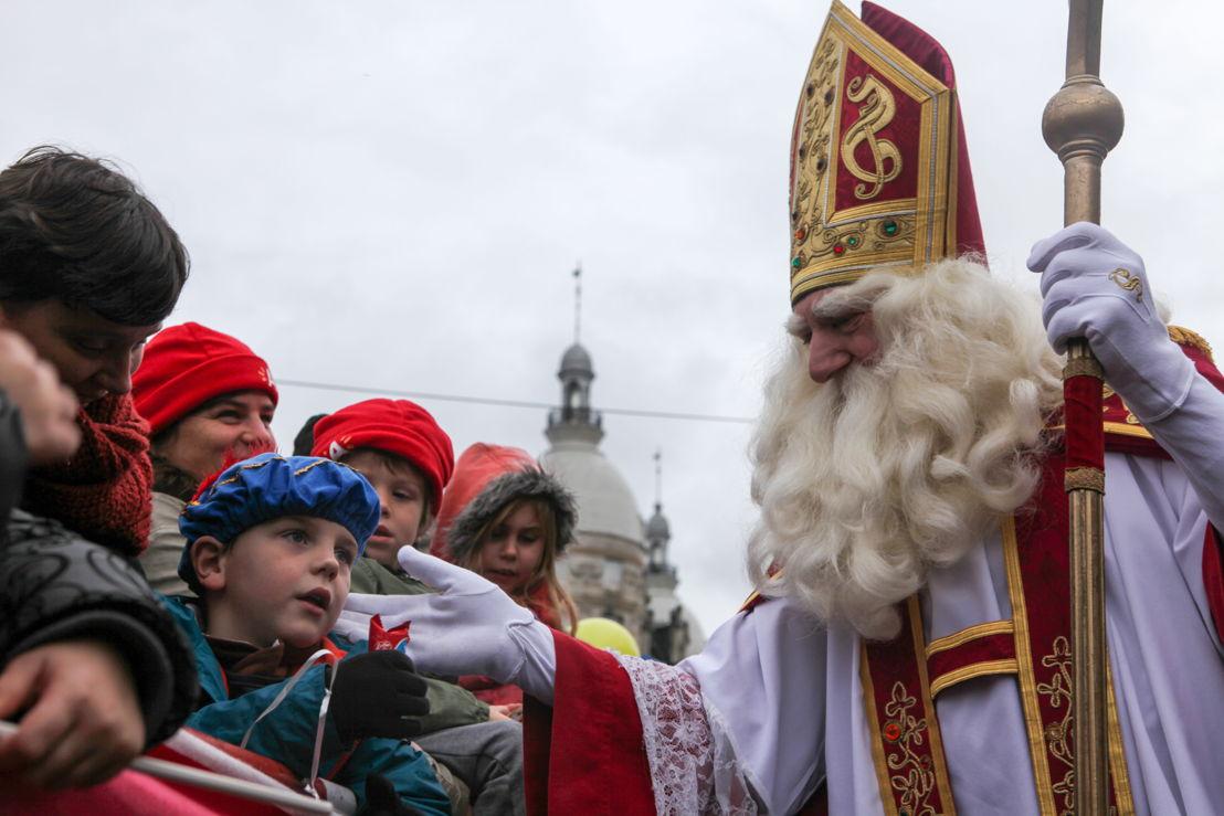 De Intrede van de Sint - (C) VRT - Geert Van Hoeymissen