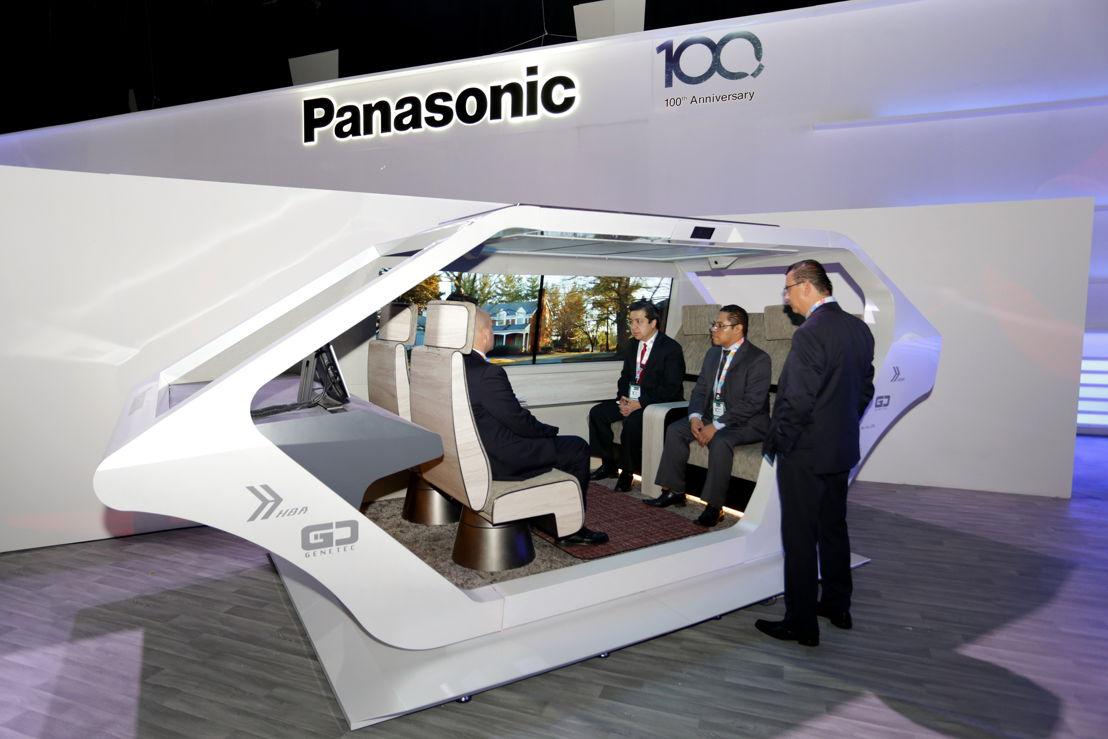 Exterior del vehículo autónomo con sistemas de infoentretenimiento de Panasonic