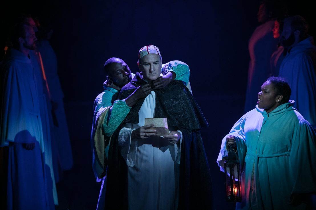 David de Vries as Frollo in HUNCHBACK. Photo by Daniel Parvis.