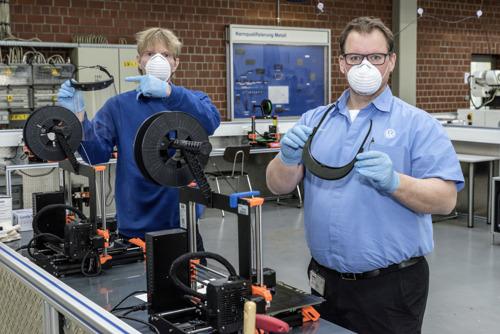 Coronavirus: Volkswagen produceert onderdelen voor gezichtsbescherming in 3D (vertaling)