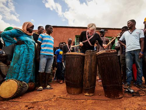 Drummer Triggerfinger in documentaire reeks over de helende kracht van muziek