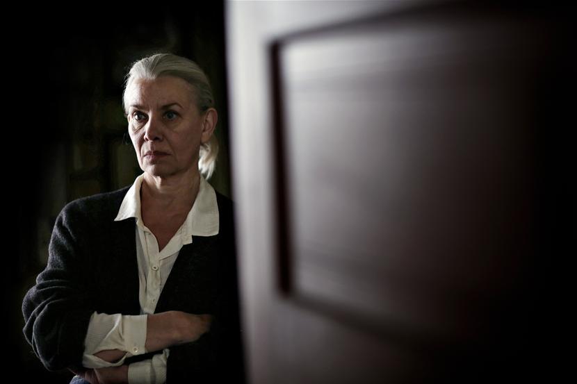Kirsten Olesen als Veronika Grønnegaard - (c) VRT / Lumière