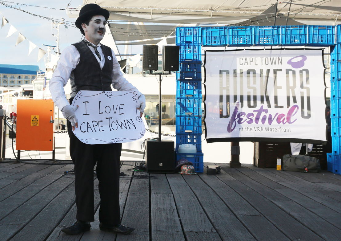 Buskers´ Festival with Charlie Chaplin - credit Nardus Engelbrecht Cape Town Fringe 2016