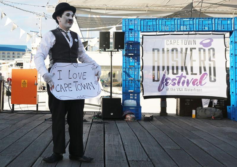 Buskers´ Festival with Charlie Chaplin - credit Nardus Engelbrecht Cape Town Fringe 2016