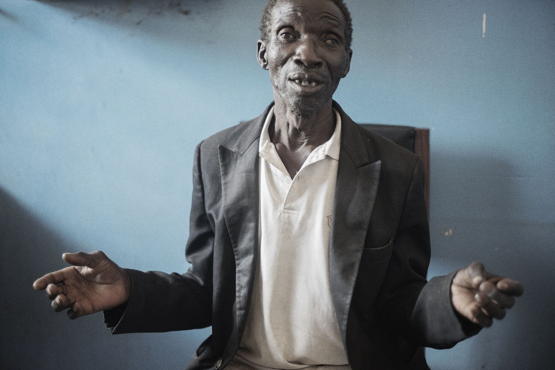 "Nsanje, Malawi: Seleman, 62 years, comes from a remote village and is clinically unwell. ""I went for an HIV test at a health centre because I frequently fall sick. They found me with HIV. But I don't believe the results are true. So I came to the hospital, I think they will tell me the truth.""<br/><br/>A second test confirmed that Seleman is HIV positive but he is still not convinced by the results. Photographer: Luca Sola"