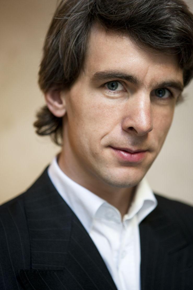 Jonathan Holslag