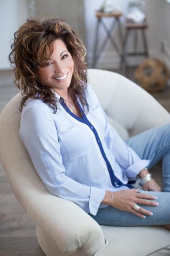 Hitmaker Kathy Troccoli Brings