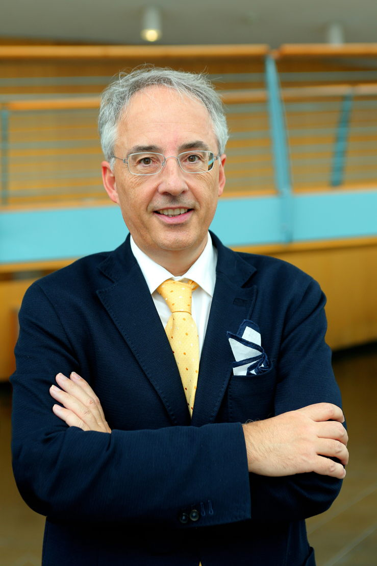 prof. dr. Frederik Nevens