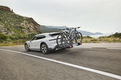 Porsche continue sa progression électrique avec une nouvelle déclinaison du Taycan