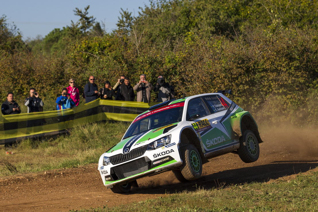 Swedish ŠKODA works driver Pontus Tidemand won last year's Rally Spain alongside co-driver Emil Axelsson (S). This year, Jonas Andersson (S) will be navigating for him.