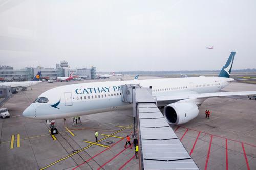 Cathay Pacific startet heute erstmals mit dem neuen Airbus A350-900 von Düsseldorf nach Hong Kong