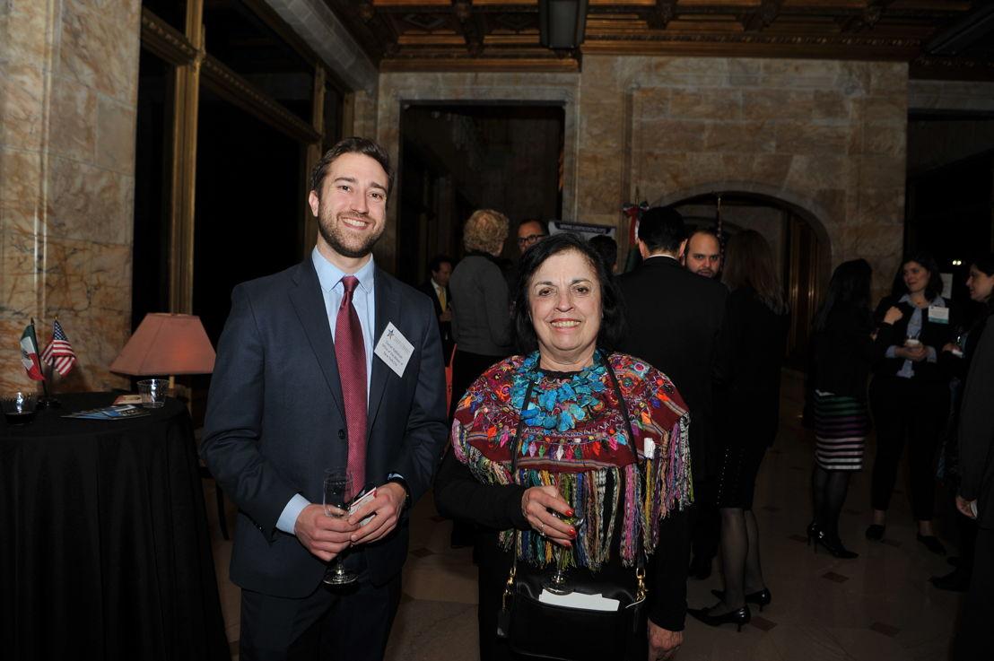 Daniel Kadishson,<br/>Director de Desarrollo Económico de la Oficina del Alcalde en Nueva York, y Zarela Martinez, Chef de Zarela Restaurant