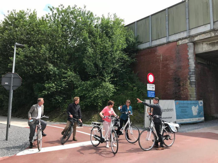Nieuw deel fietssnelweg F414 (Aalst - Zottegem) in Erpe-Mere officieel geopend