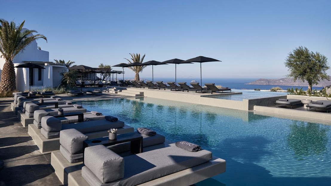 New Personalised Paradise this Summer in Santorini