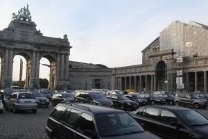 Preview: « Le stationnement sauvage au Cinquantenaire doit cesser »