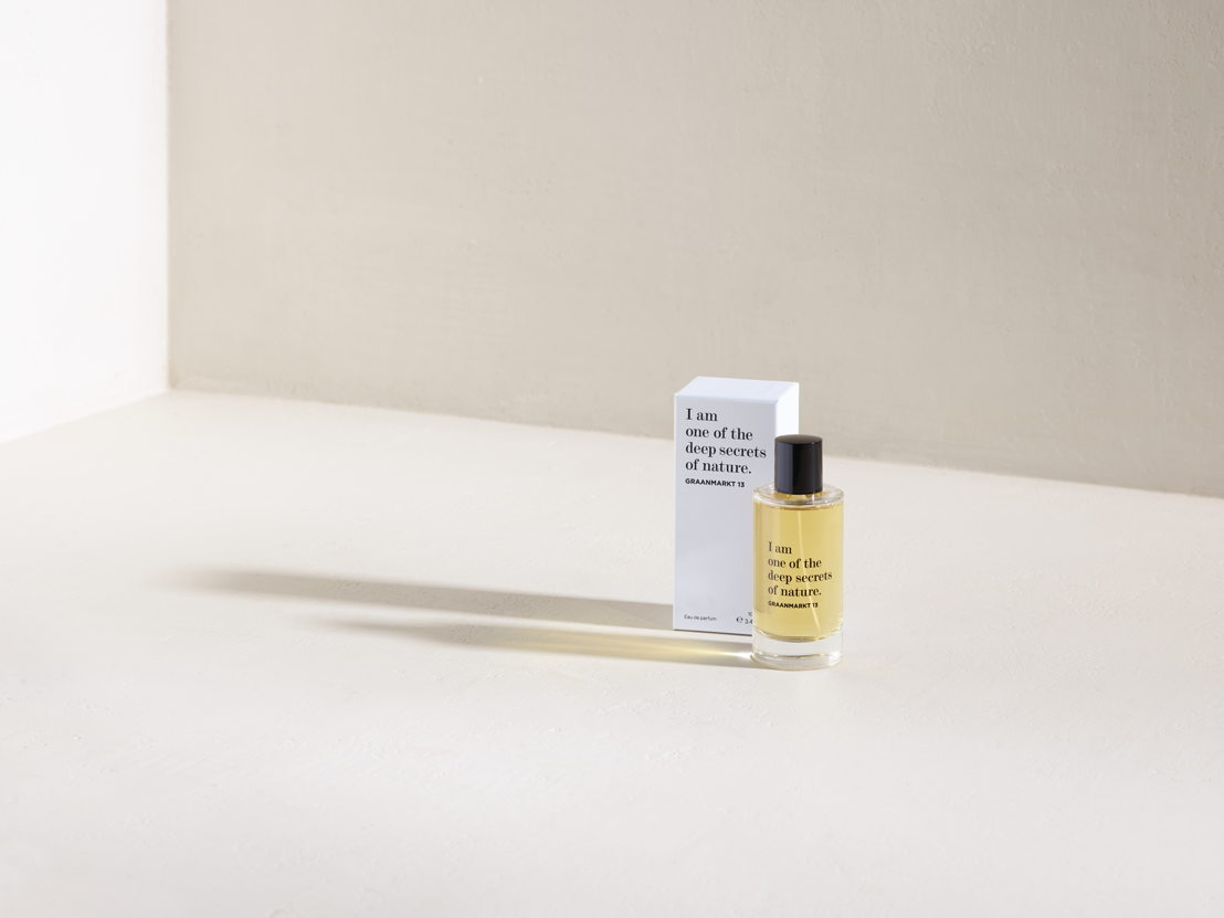 Graanmarkt 13 Parfum - 130 euro © Frederik Vercruysse