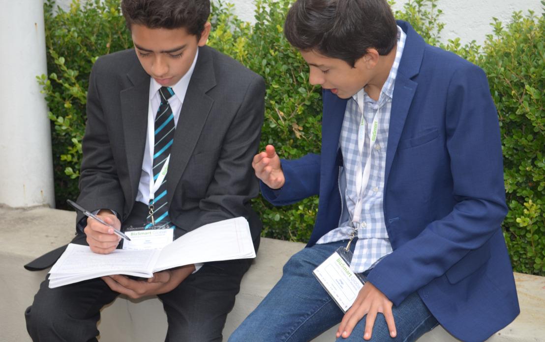 Compañías tecnológicas en México preparan a niños para convertirse en los empresarios del futuro
