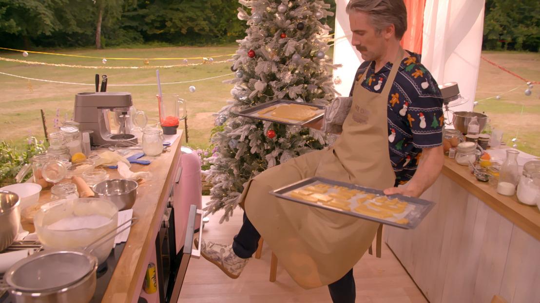 Wat als je vier bekende bakklunzen in de Bake Off tent loslaat?