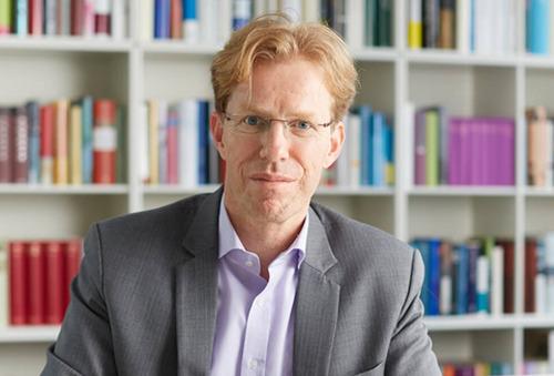 Hugendubel strafft Geschäftsführung: Geschäftsführer Oliver Mader geht