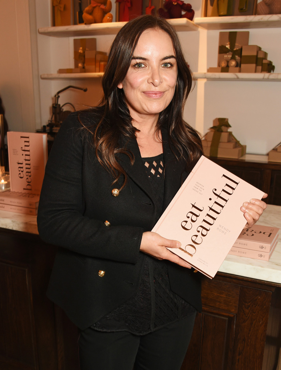 "BURBERRY CELEBRA EL LANZAMIENTO DEL LIBRO DE WENDY ROWE "" EAT BEAUTIFUL""."