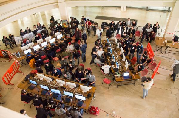 Preview: Studenten Computerwetenschappen gamen gans weekend lang