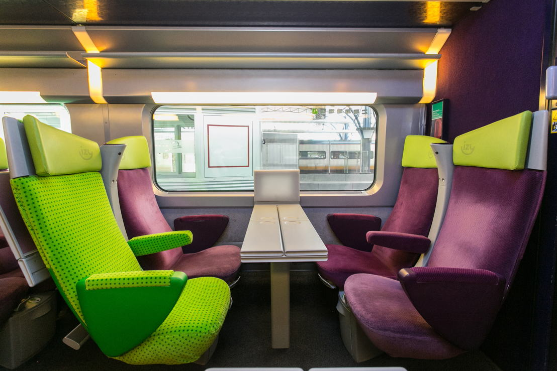 The interior of the IZY train