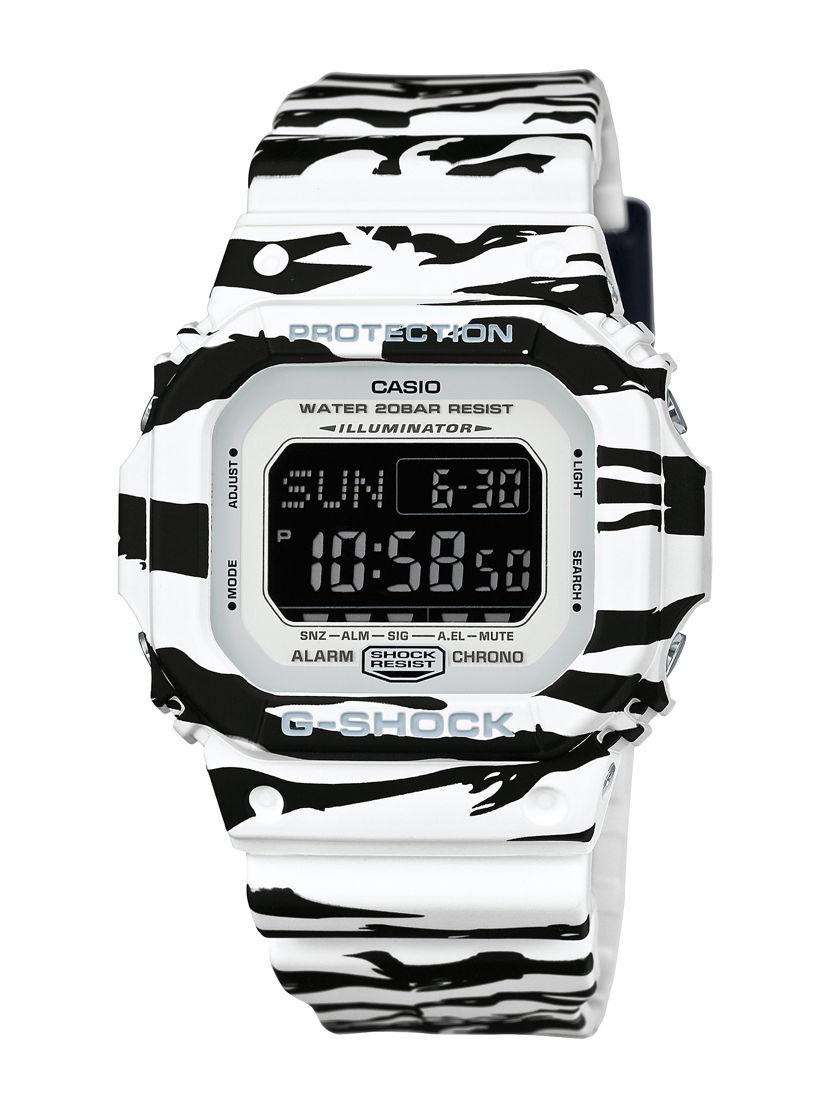 Black & White Series $2,339