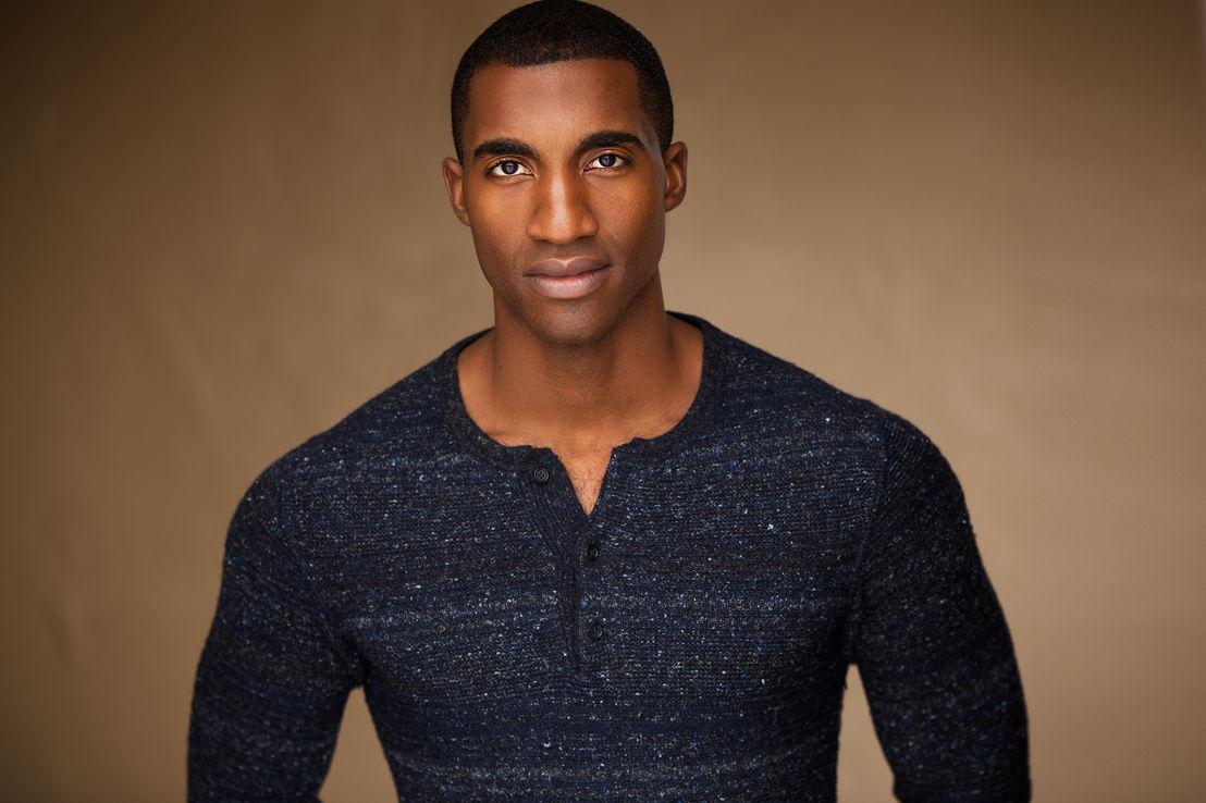 Garrett Turner (Jay)