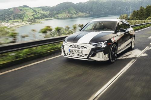 Un volcan comme piste de danse : la nouvelle Audi A3 affiche un comportement plus dynamique que jamais