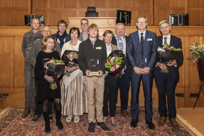 Provincie huldigt 4 verdienstelijke Oost-Vlamingen