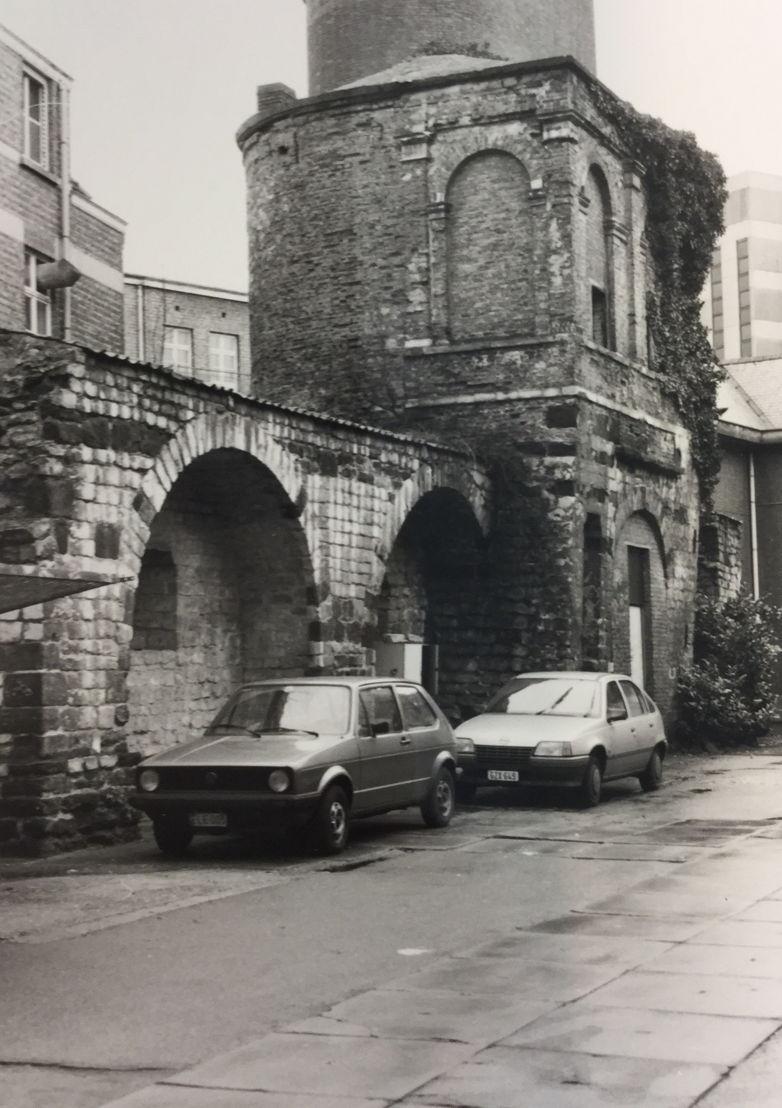 Minderbroederstoren 1988 / Archief Onroerend Erfgoed Leuven
