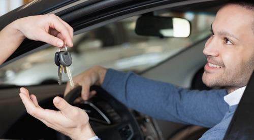 CarAmigo lance la première plateforme d'autopartage entre particuliers en Belgique.