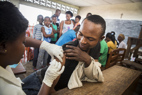 MSF: Fractioning doses of yellow fever vaccine can help save more lives during outbreaks