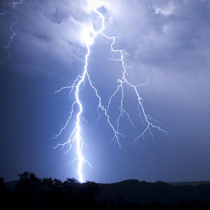 Wat doen wanneer de bliksem inslaat?