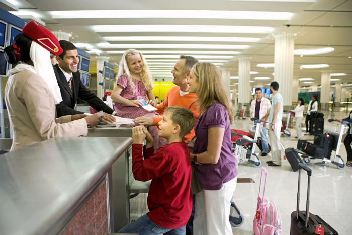 سكاي واردز طيران الإمارات يتيح للعائلات تجميع الأميال في حساب واحد