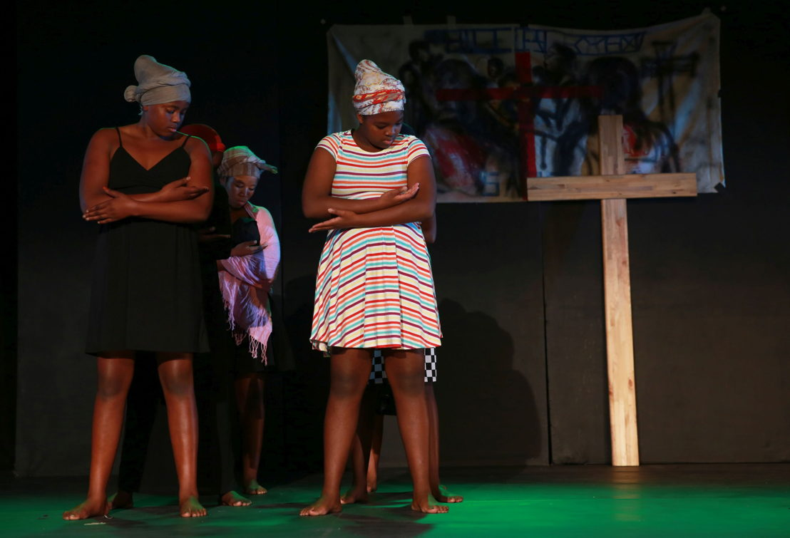 A scene from Women on the Cross. Image by Nardus Engelbrecht
