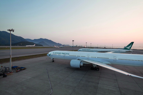 Cathay Pacific warns that delays and diversions are still possible