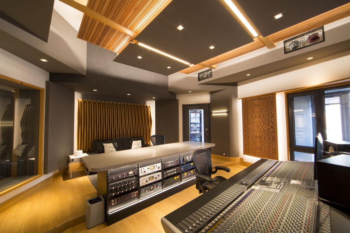 Studio 21A Control Room B