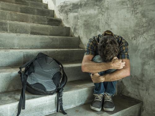 Nieuwe VUB-enquête onderzoekt eenzaamheid bij studenten in het hoger onderwijs