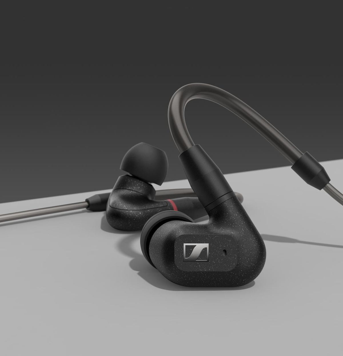 The new IE 300 features a refined version of Sennheiser's acclaimed 7mm Extra Wide Band (XWB) transducer for superior sound quality