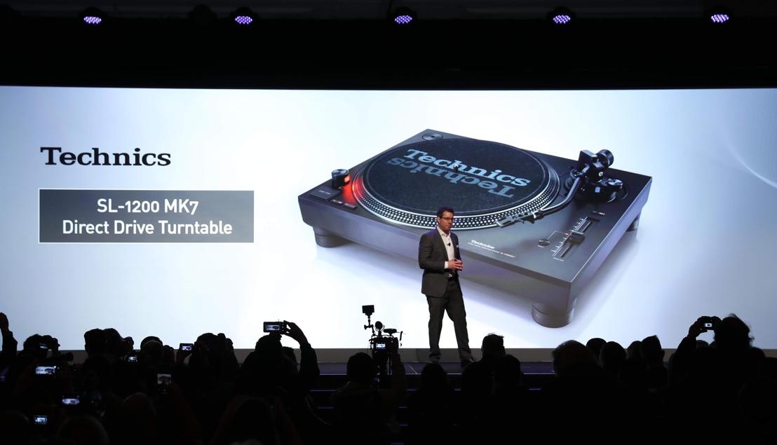 CES 2019: Panasonic devela nueva tornamesa Technics de motor directo