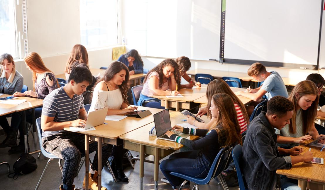 Nieuwe lesmethode om eindtermen digitale kennis en vaardigheden in secundair onderwijs volgend schooljaar te halen
