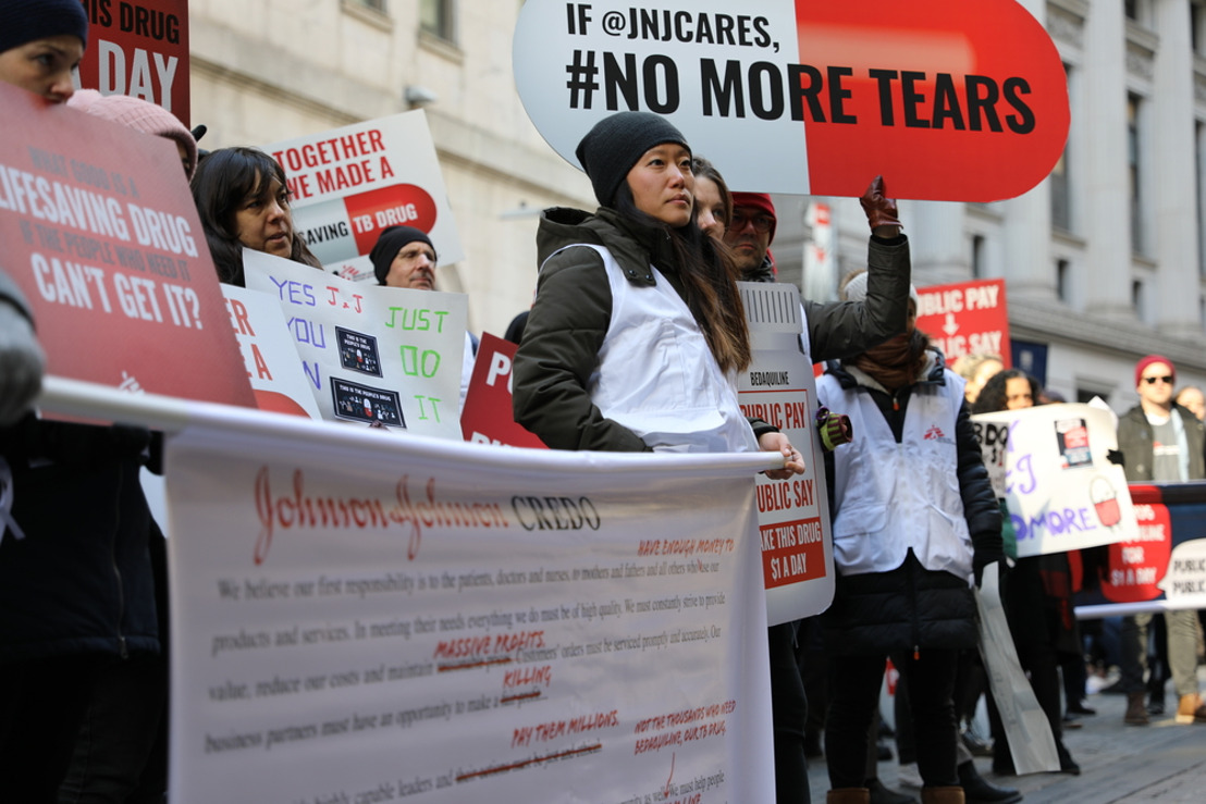MSF pide a los gobiernos que amplíen los tratamientos con bedaquilina para la tuberculosis tras la bajada del precio del medicamento por parte de Johnson & Johnson