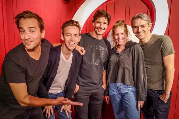 Koen Wauters en Jonas Van Geel presenteren op 22 november de Qmusic-ochtendshow