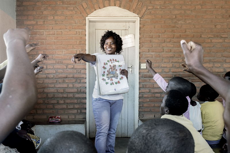 Evelyn Shaibu, 46 years old, is an MSF's HIV and TBC patients. Photographer: Luca Sola